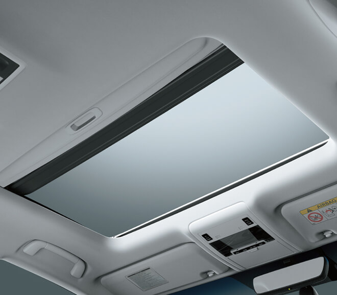 Cửa sổ trời trên Land Cruiser 2020